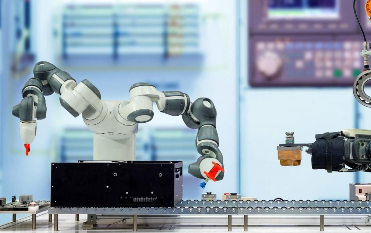 The-Emergence-of-Collaborative-Robots